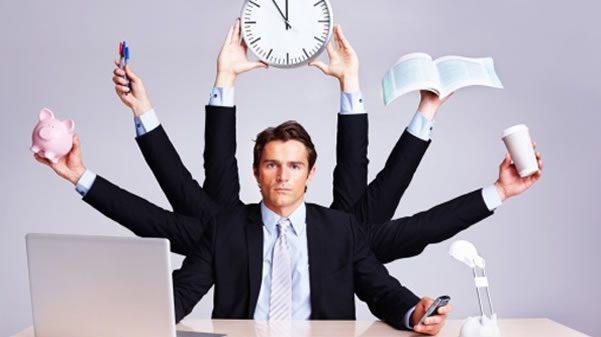 Si të bëheni menaxher/e zyre